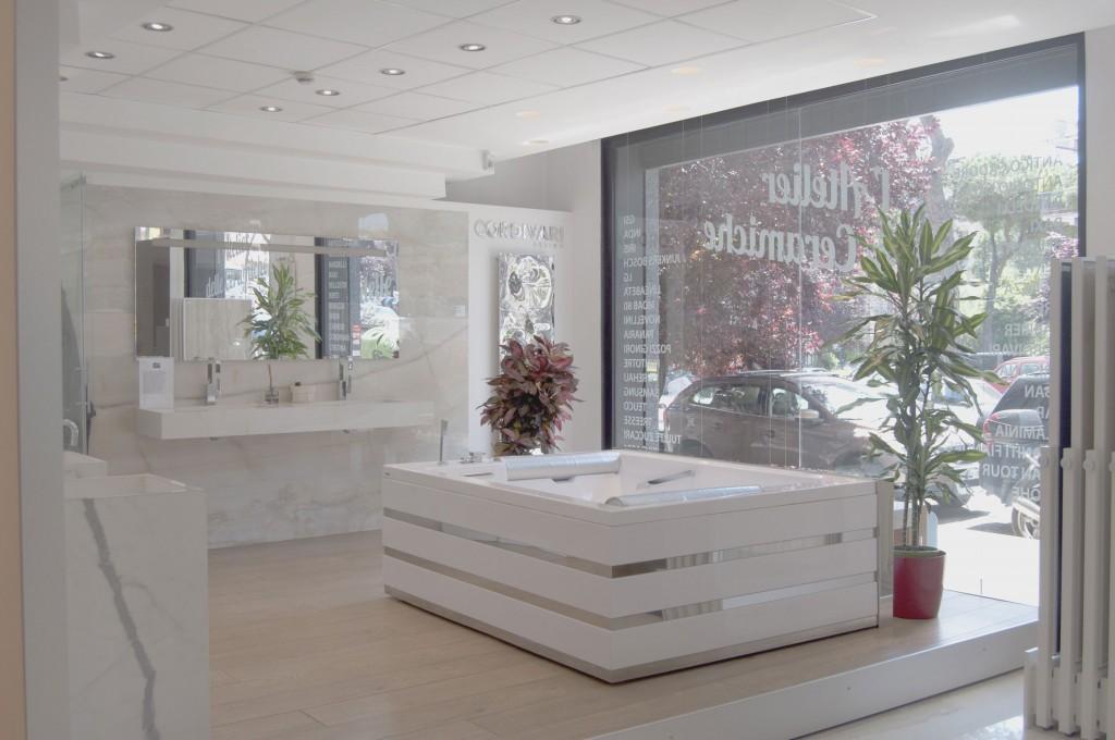 Arredamento via gregorio vii roma amazing contatta ikonos for Showroom arredamento roma